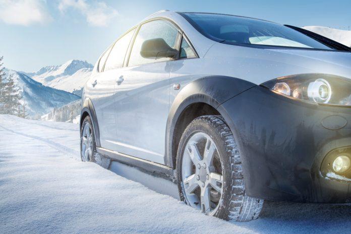 Snehové reťaze zabránia vozidlu zapadnúť do snehu