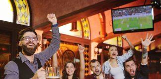 Kde pozerať futbal? Možností je viacej ako kedykoľvek predtým